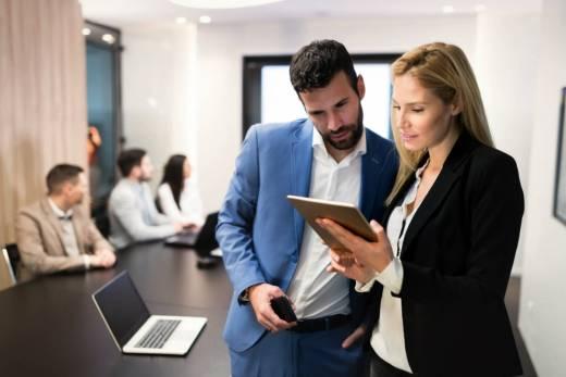 veja-como-agilizar-os-processos-da-sua-empresa-com-o-uso-de-softwares.jpeg
